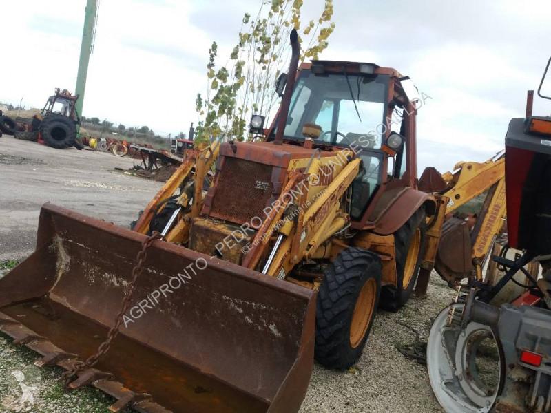 Zobaczyć zdjęcia Koparko-ładowarka Case 580 SK