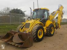 buldoexcavator New Holland LB115-4PS