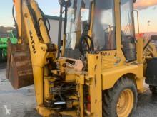 ledad traktorgrävare Komatsu