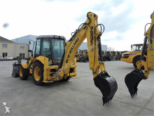 Voir les photos Tractopelle New Holland B110B