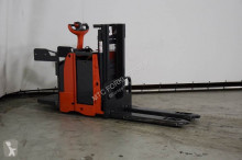 Linde high lift order picker