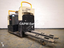 Crown low lift order picker