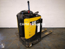 Caterpillar low lift order picker