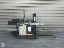 Crown WD2330S order picker