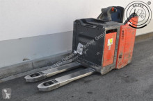 Linde T20SP order picker