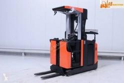 BT medium lift order picker
