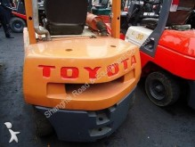 Toyota low lift order picker