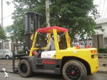 Toyota high lift order picker