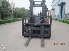 Zobaczyć zdjęcia Wózek widłowy magazynowy Dragon Machinery CPCD60