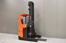 vozík s výsuvným zdvihacím zařízením BT RRE 160 /23323/
