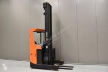 vozík s výsuvným zdvihacím zařízením BT RRE 160 /24890/
