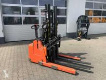 vozík s výsuvným zdvihacím zařízením Toyota RWE 120 / 1.200kg / nur 73h!