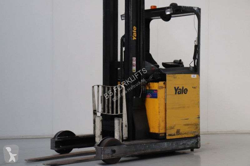 View images Yale MR20H reach truck