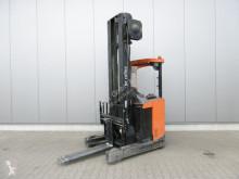 vozík s výsuvným zdvihacím zařízením BT RRE 16