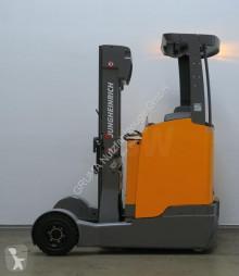 Zobaczyć zdjęcia Wózek z wysuwanym masztem Jungheinrich