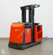 Linde side loader