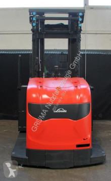 Voir les photos Chariot à prise latérale Linde V-48 Modular -Chassis 1580 mm