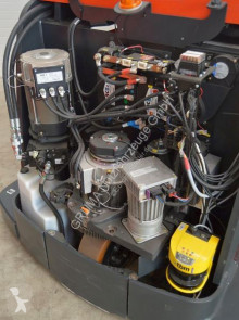 Voir les photos Chariot à prise latérale Linde V-48 Modular -Chassis 1580 mm-