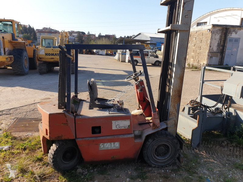 View images Clark C30D Forklift