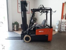 Doosan electric forklift