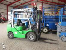 chariot élévateur Cesab M 325 G