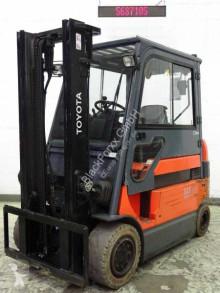 Toyota 7fbmf30 Forklift