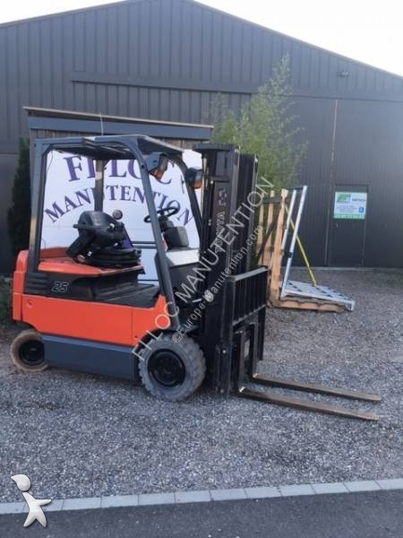 View images Toyota 7FBMF25 Forklift