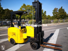 Narrow Aisle electric forklift