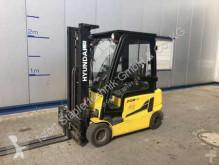 Hyundai 20B-9 Forklift
