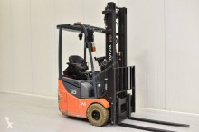 Toyota electric forklift