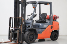 Toyota 02-8FGF30 Forklift