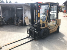 Caterpillar DP25K Gabelstapler