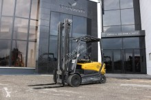 OM XE 30 FORKLIFT ELECTRIC