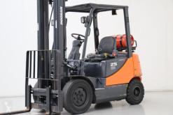 Doosan G25E-5 Forklift