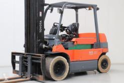 wózek podnośnikowy Toyota 7FBMF50