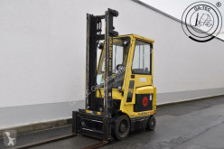 Hyster E2.50XM Forklift