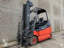 Linde E25-02-600 Forklift