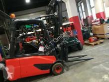 Linde E 18 L-02 // HH 4.140 mm / FH 1.660 mm / Seitenschieber / Zinkenverstellgerät / Duplex Forklift