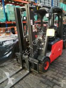 chariot élévateur Linde E16C-01 // 2.038 Std. / HH 4.160 mm / FH 1.500 mm / Seitenschieber / Triplex / Containerfähig