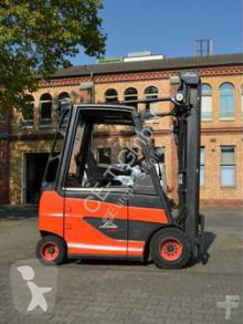 chariot élévateur Linde E30H-01 // 3. + 4. Ventil / HH 4.100 mm / Batt. Bj. 2014