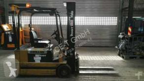 Yale ERP030 TCE // 2.371 Std. / HH 4.990 mm / FH 1.670 mm / Seitenschieber / Triplex / Containerfähig Gabelstapler
