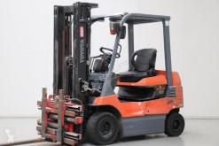 Toyota 7FB25 Forklift