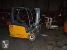 wózek podnośnikowy Jungheinrich EFG 216 // Seitenschieber / Zinkenverstellgerät / Containerfähig / HH 4.500 mm / FH 1.400 mm / Triplex