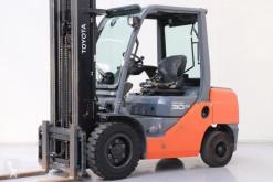 wózek podnośnikowy Toyota 02-8FDF30