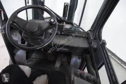 Voir les photos Chariot élévateur TCM