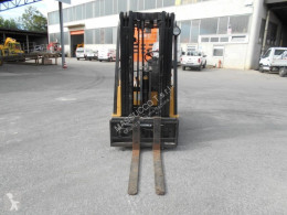 View images Caterpillar F35 Forklift