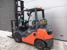 Voir les photos Chariot élévateur Toyota 02-8FG25