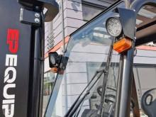 Voir les photos Chariot élévateur Mitsubishi FD25 TRIPLEX Side shift
