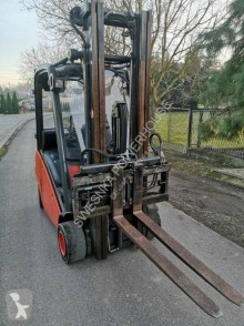 Linde H20D lorry mounted forklift