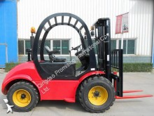ruw-terrein heftruck Dragon Loader CPCD30